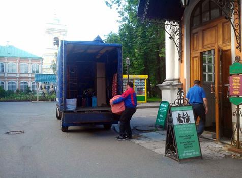 Из чего складывается цена на мебельные перевозки