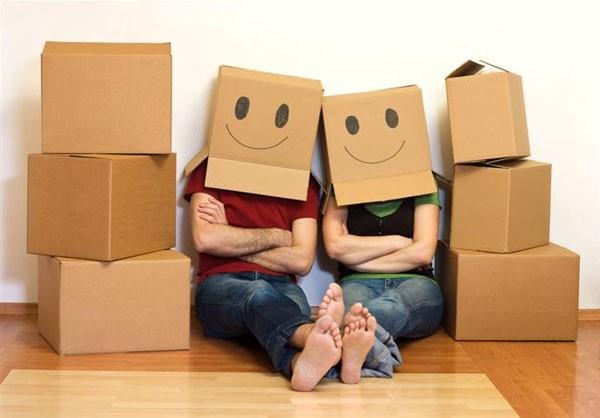 Упаковочный материал: коробки - скотч - стрэйч